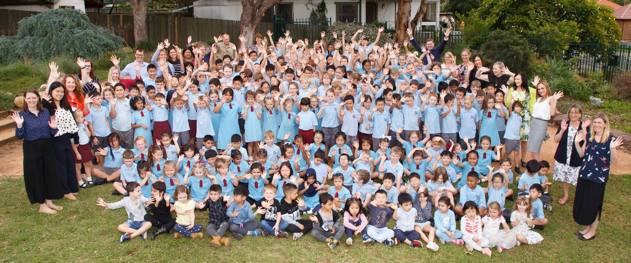 Rydalmere East PS Whole School Photo 2019